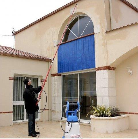 lance telescopique pour nettoyage toiture